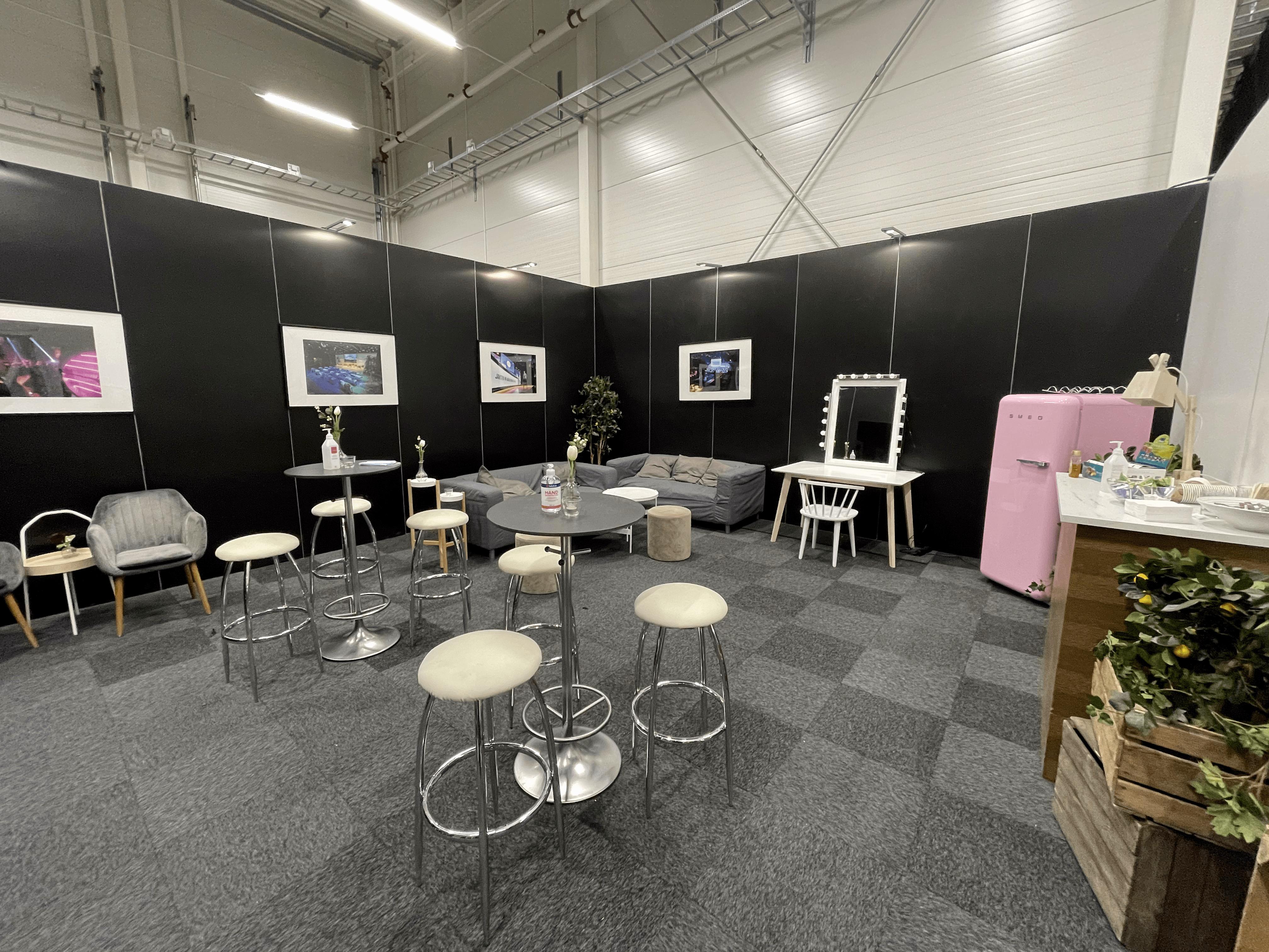 Greenroom-1